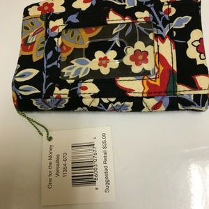 VERA BRADLEY NWT WOMANS WALET ONE FOR THE MONEY IN